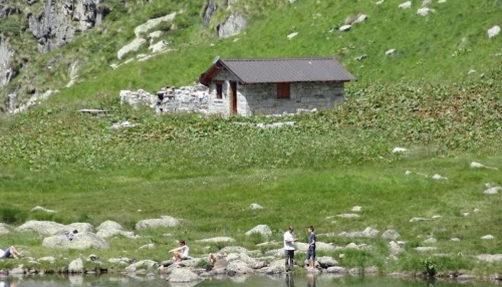 rifugio lago di bos
