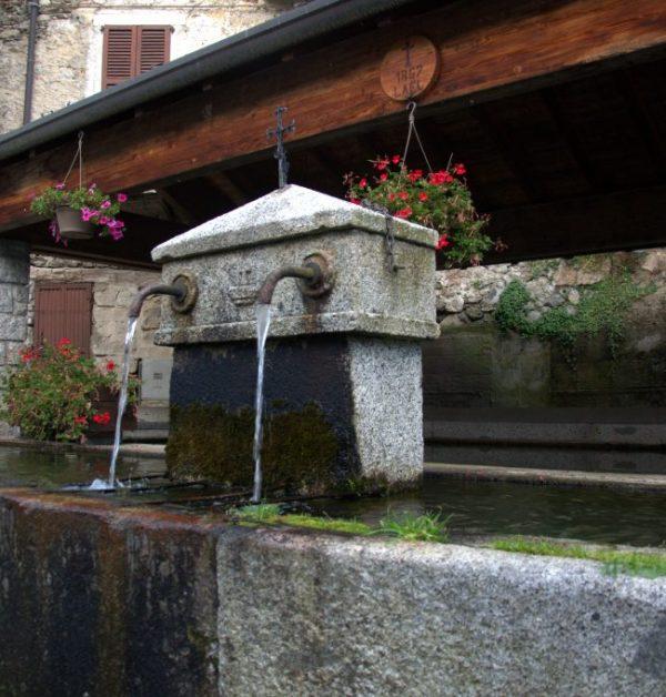 L'antico fontanone di Saviore dell'Adamello